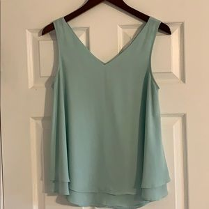 The Limited mint front and back V tank top
